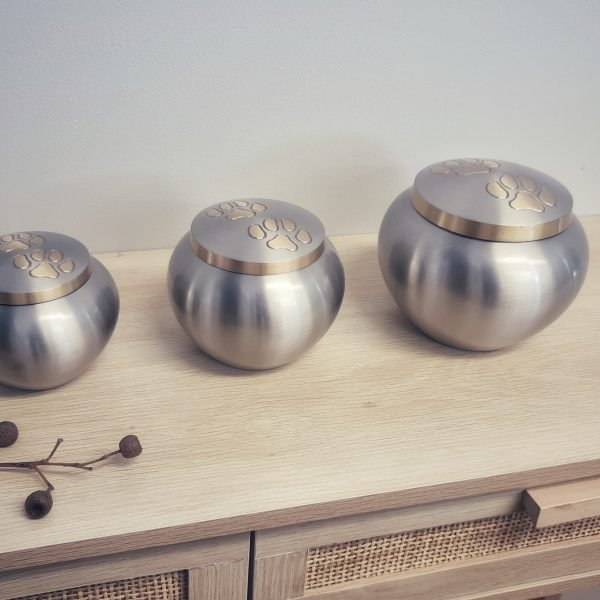 2 - Standard Urn Collection